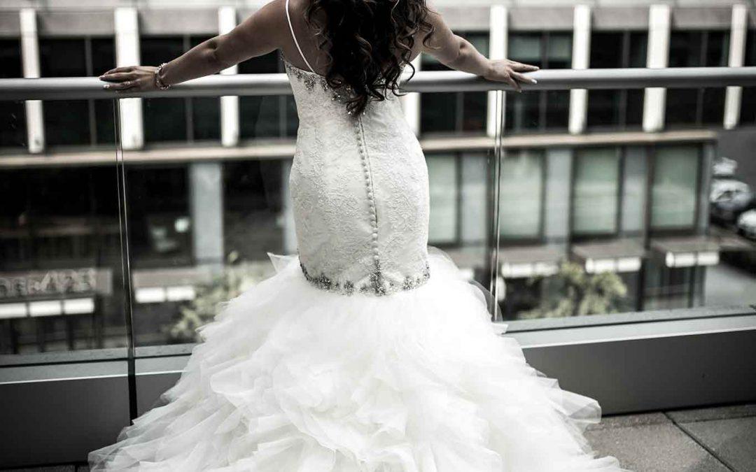 """Menyasszonyi ruha Avagy """"az abroncs börtönében"""" Ahogy egy ceremóniamester látja"""
